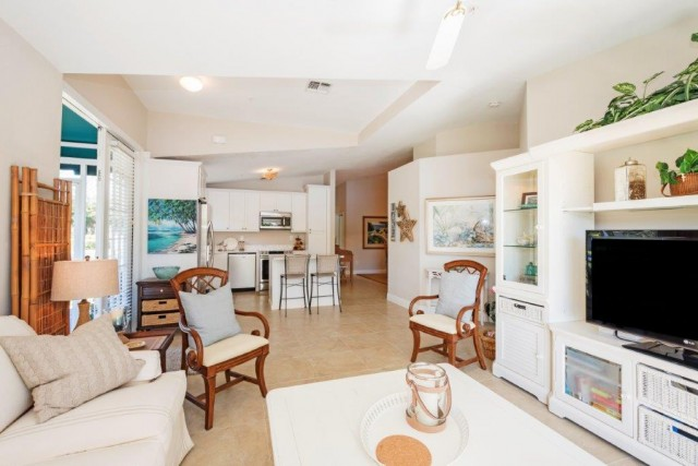 385 DOVER PLACE #405